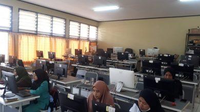 Photo of simulasi AKM untuk kelas xi berlokasi di lab mutimedia